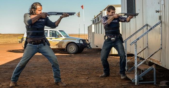 DSC3593-Aaron-Pedersen-and-Alex-Russell-Shotguns-drawn