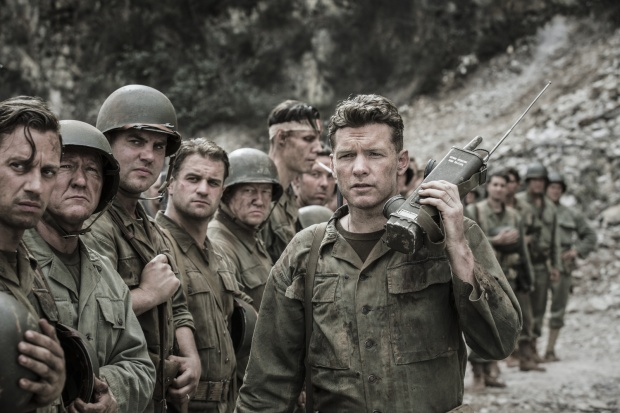 sam-worthington-in-hacksaw-ridge-2016